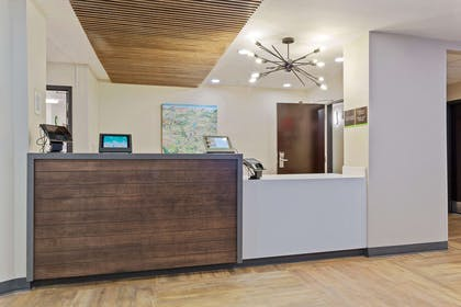 Lobby and Guest Check-in | Extended Stay America - San Ramon - Bishop Ranch - East
