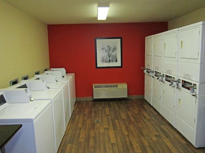 On-Premise Guest Laundry | Extended Stay America Orange County - John Wayne Airport