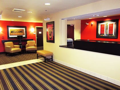 Lobby and Guest Check-in | Extended Stay America Sacramento - Vacaville