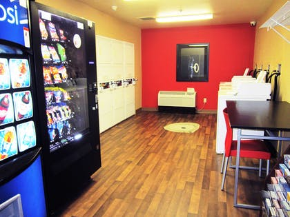 On-Premise Guest Laundry | Extended Stay America Sacramento - Vacaville