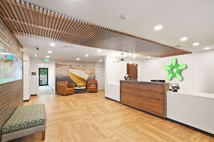 Lobby and Guest Check-in | Extended Stay America San Francisco - Belmont