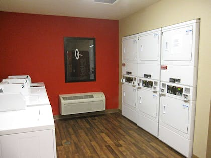 On-Premise Guest Laundry | Extended Stay America Los Angeles - Simi Valley