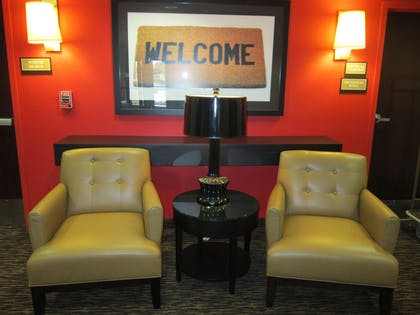 Lobby and Guest Check-in | Extended Stay America Stockton - Tracy
