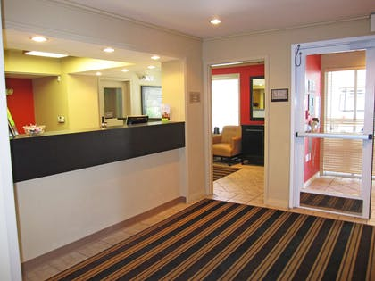 Lobby and Guest Check-in | Extended Stay America San Francisco-San Carlos