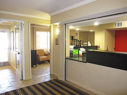 Lobby and Guest Check-in | Extended Stay America San Jose - Downtown