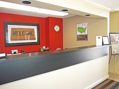 Lobby and Guest Check-in | Extended Stay America San Jose - Sunnyvale