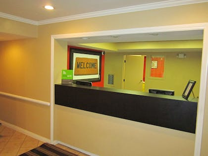Lobby and Guest Check-in | Extended Stay America Orange County - Cypress
