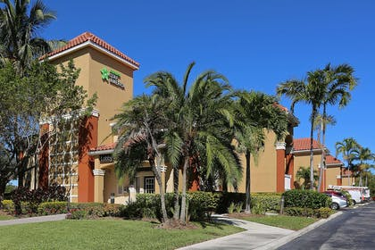 Exterior | Extended Stay America Boca Raton - Commerce