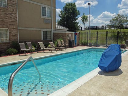 Swimming Pool   Extended Stay America - Louisville - Alliant Avenue