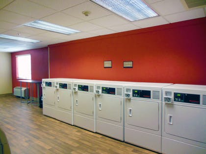 On-Premise Guest Laundry | Extended Stay America - Secaucus - New York City Area