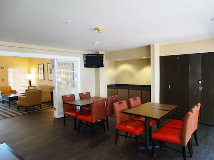 Breakfast Room | Extended Stay America - Providence - Airport
