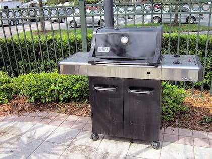 Picnic Area | Extended Stay America - Orlando - Maitland-Summit Tower Blvd