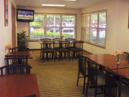 Breakfast Room | Extended Stay America - Atlanta-Marietta-Interstate N. Pkwy