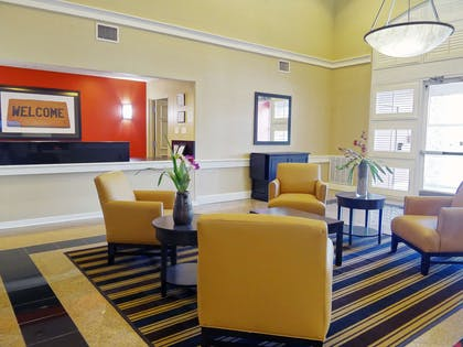 Lobby and Guest Check-in | Extended Stay America - Indianapolis -Airport-W Southern Ave