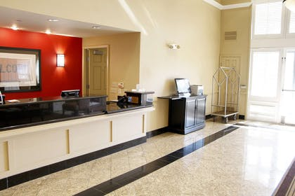 Lobby and Guest Check-in | Extended Stay America Portland - Hillsboro