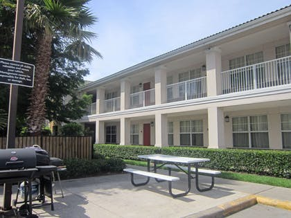 Picnic Area   Extended Stay America Houston - Stafford