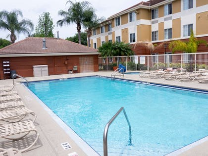 Swimming Pool | Extended Stay America-Orlando-Convention Ctr-Universal Blvd