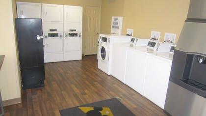 On-Premise Guest Laundry | Extended Stay America-Orlando-Convention Ctr-Universal Blvd