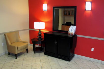 Lobby and Guest Check-in   Extended Stay America - Atlanta - Buckhead