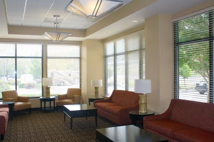 Lobby and Guest Check-in | Extended Stay America San Rafael - Francisco Boulevard East