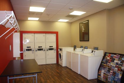 On-Premise Guest Laundry | Extended Stay America San Rafael - Francisco Boulevard East