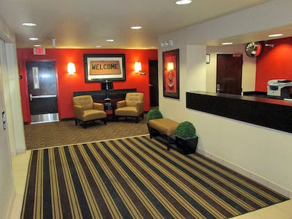 Lobby and Guest Check-in | Extended Stay America Dallas - Lewisville