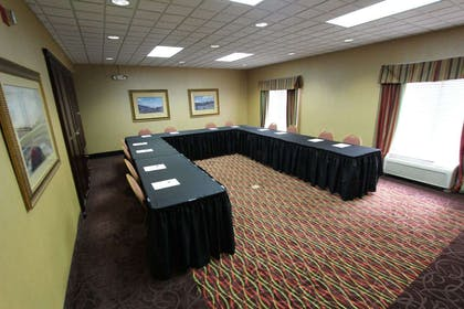 Meeting Room | Baymont Inn & Suites by Wyndham Findlay