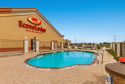 Outdoor pool | Econo Lodge Inn & Suites Bridgeport