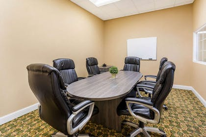 Meeting Room | Baymont by Wyndham Fort Morgan