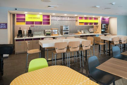 Breakfast Area | Home2 Suites by Hilton King of Prussia Valley Forge