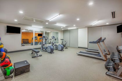 Health club | La Quinta Inn & Suites by Wyndham Dallas Duncanville