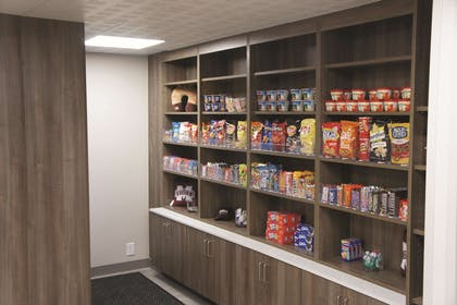 Property amenity | La Quinta Inn & Suites by Wyndham Columbus MS