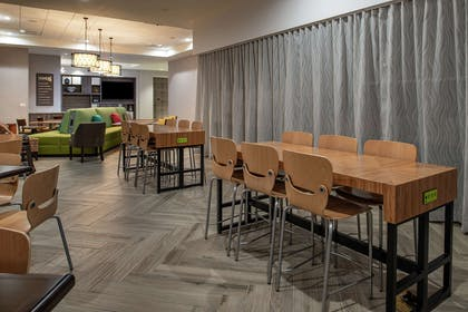 Breakfast Area | Home2 Suites by Hilton Tampa Downtown Channel District
