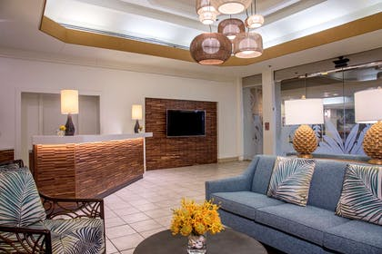 The Residences at Waikiki Beach Tower - Lobby | Aston Waikiki Beach Tower
