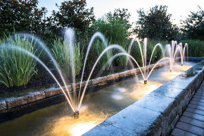 Fountain at Westminster Hotel Livingston | Westminster Hotel