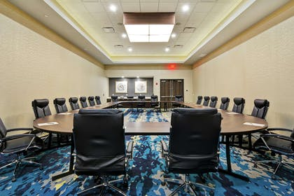Meeting Room | Embassy Suites by Hilton Plainfield Indianapolis Airport