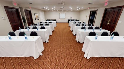 meeting | Chase Suite Hotel Newark