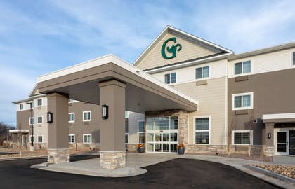 GrandStay Milbank Exterior Day Edit | Grandstay Hotel and Suites Milbank