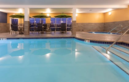 GrandStay Milbank Pool | Grandstay Hotel and Suites Milbank
