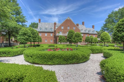 Exterior | The Founders Inn and Spa, Tapestry Collection by Hilton