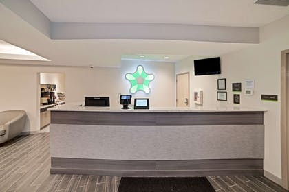 Lobby and Guest Check-in | Extended Stay America - Greenville - Woodruff Road