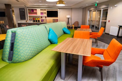 Lobby | Home2 Suites by Hilton San Antonio at the Rim