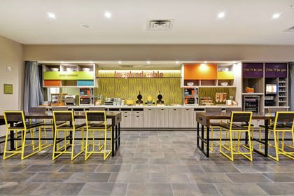 Restaurant | Home2 Suites by Hilton Charleston West Ashley