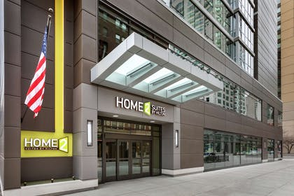 Exterior | Home2 Suites by Hilton Chicago River North