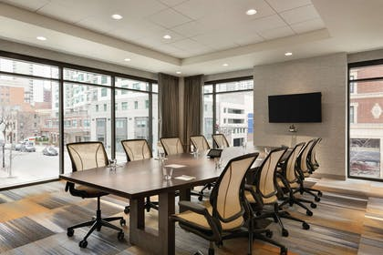 Meeting Room | Home2 Suites by Hilton Chicago River North