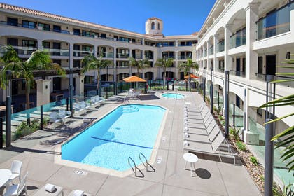 Pool | Homewood Suites by Hilton San Diego Central