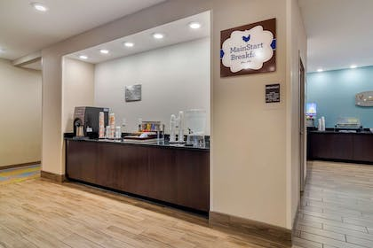Breakfast area | MainStay Suites Newnan Atlanta South