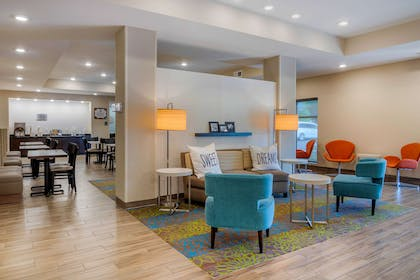Hotel lobby | MainStay Suites Newnan Atlanta South