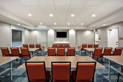 Meeting Room | Home2 Suites by Hilton Houston Westchase