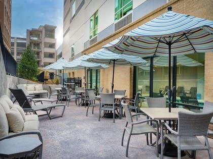 Exterior | Hampton Inn & Suites Atlanta Decatur/Emory